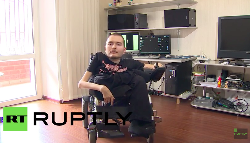 Russian computer scientist Valeri Spiridonov is set to undergo the world's first full head transplant