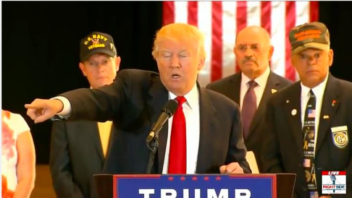"Donald Trump Calls Out ABC News Reporter ""You're a Sleaze"""